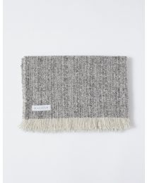 Mourne Classic Blanket-401/2 In Charcoal/Natural White